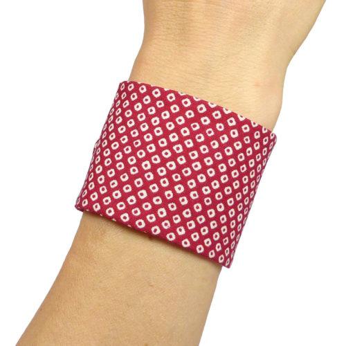 bracelet large japonais, motif rouge et blanc